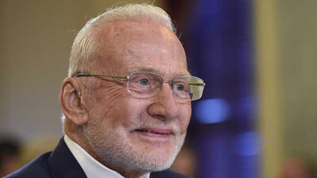 Buzz Aldrin, 2nd man on moon, evacuated from South Pole