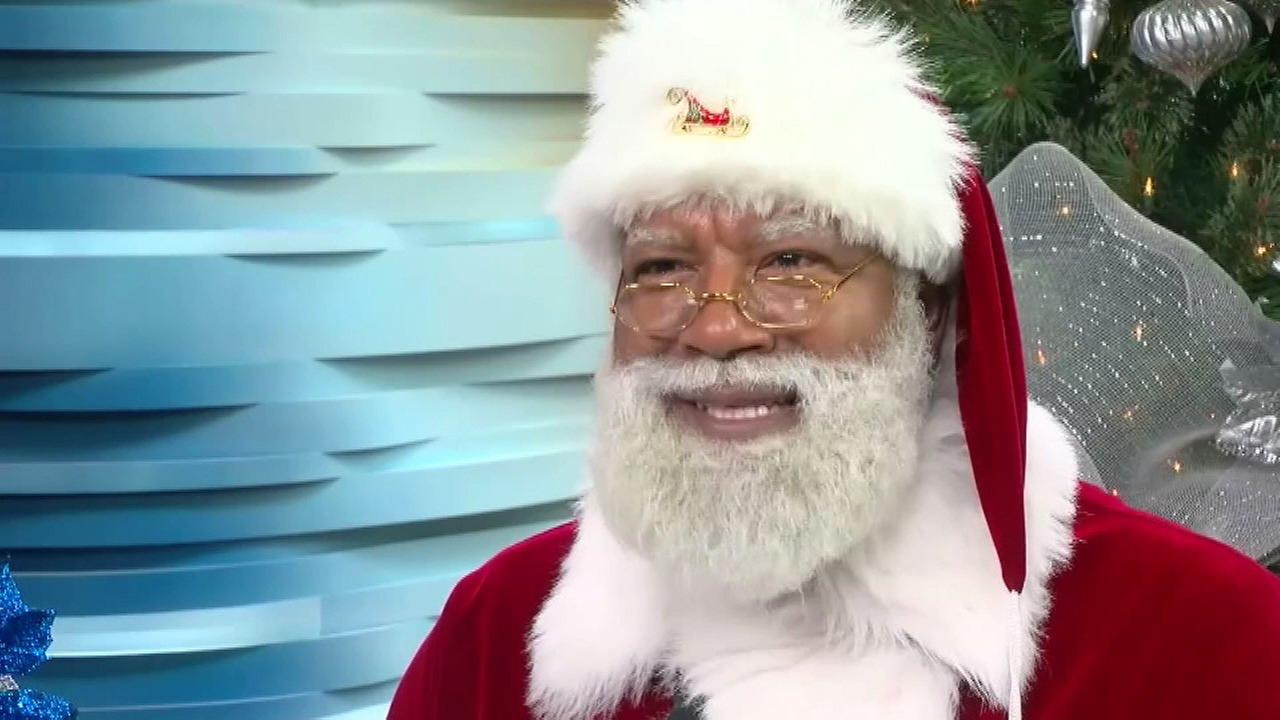 Black Santa at Mall of America