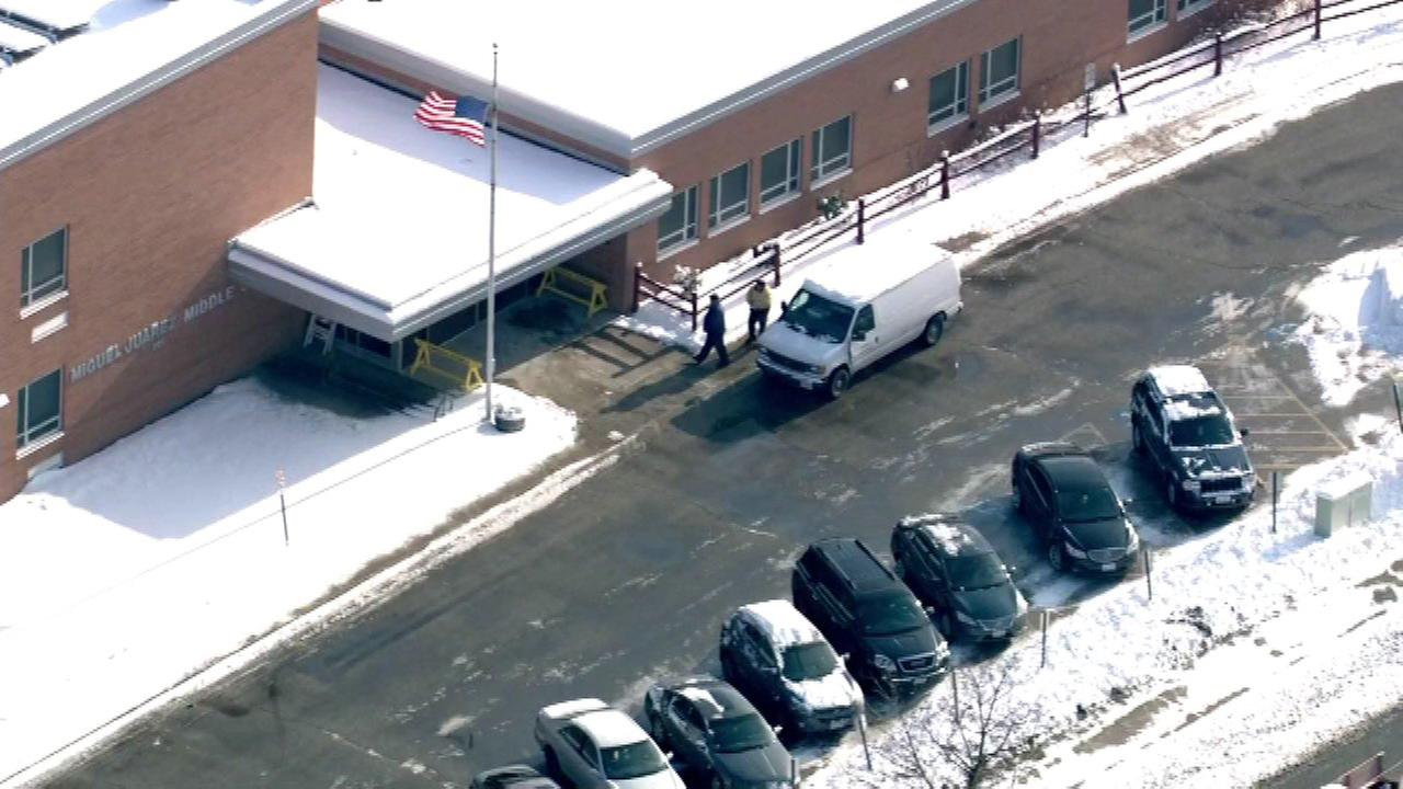 Waukegan middle school lockdown lifted after possible threat