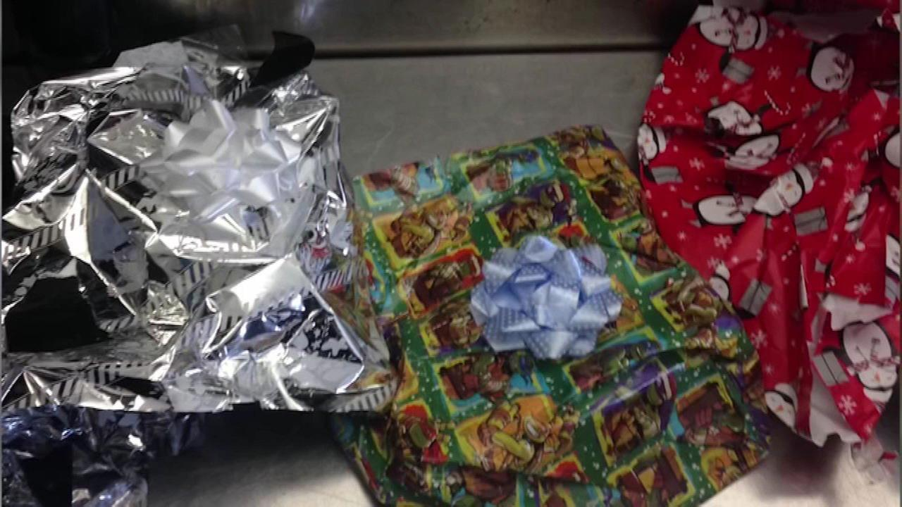 Man tries to smuggle gift-wrapped drugs