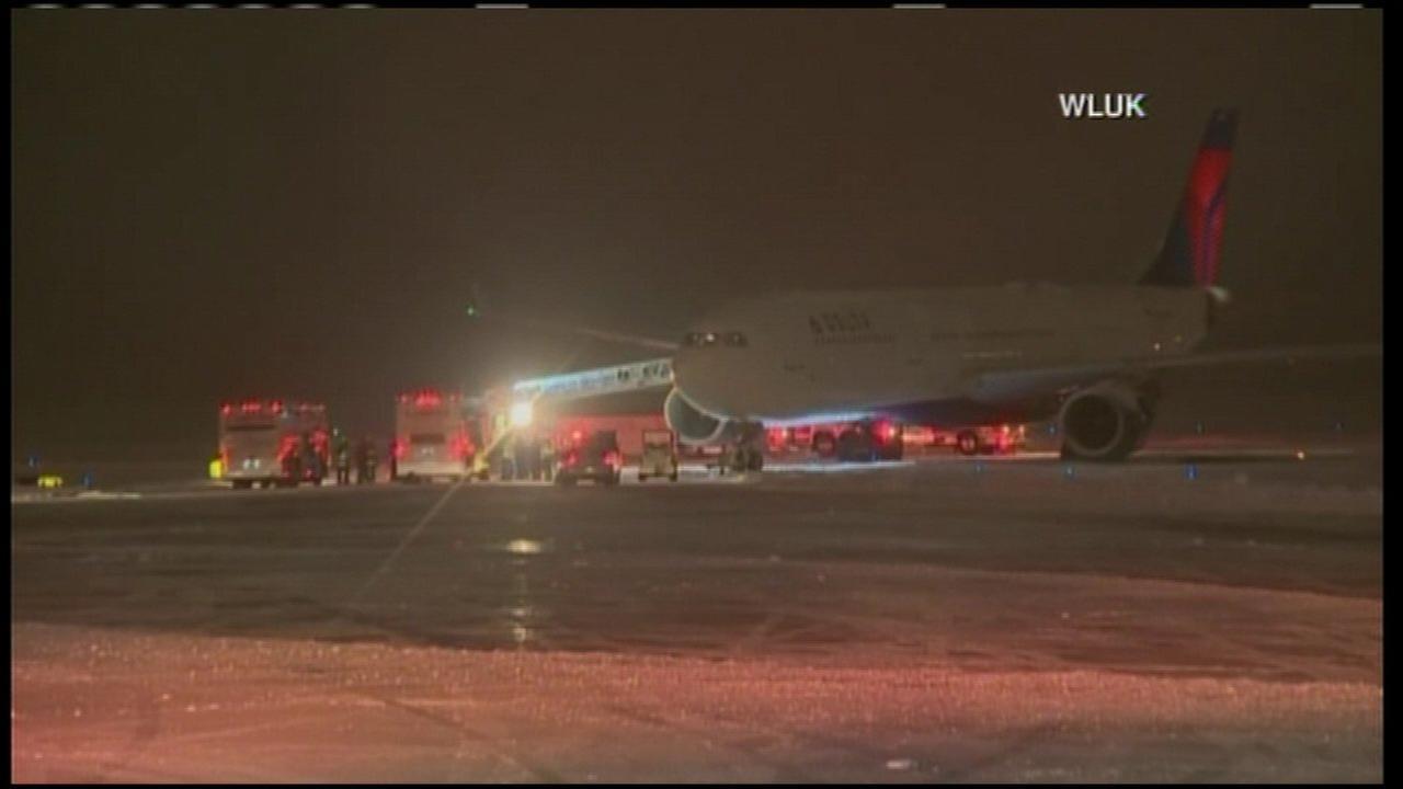 Plane carrying Minnesota Vikings team slides off runway in Wisconsin
