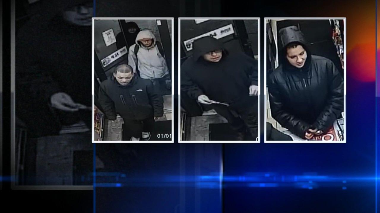 Schaumburg gas station clerk attacked, robbed