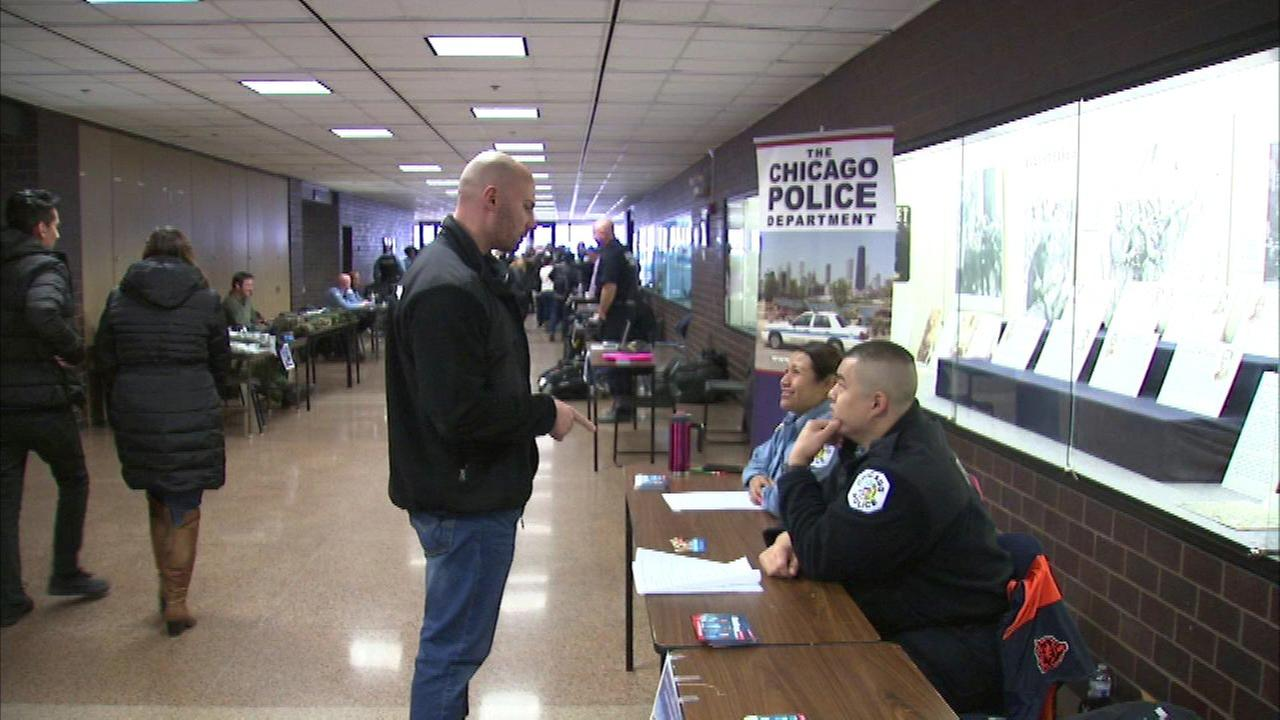 Chicago police applicant pool larger, more diverse than previous years, city says