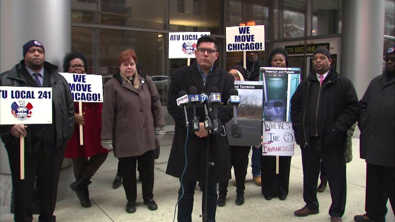 CTA bus drivers demanding better bathroom facilities