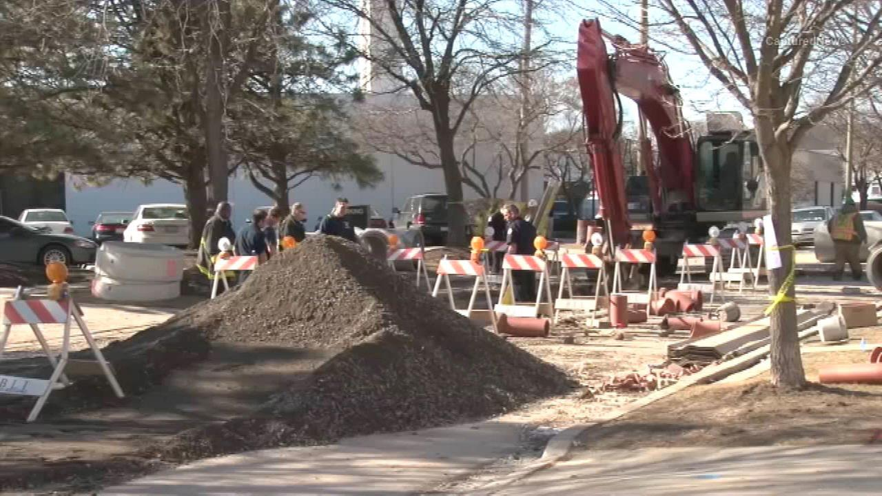 City worker killed in trench collapse in Forest Glen