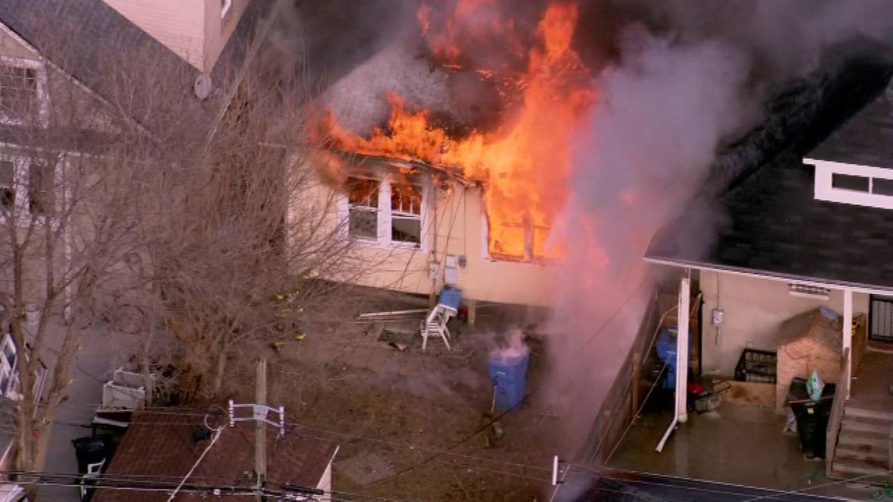 Firefighters respond to fire in Chicago Lawn neighborhood