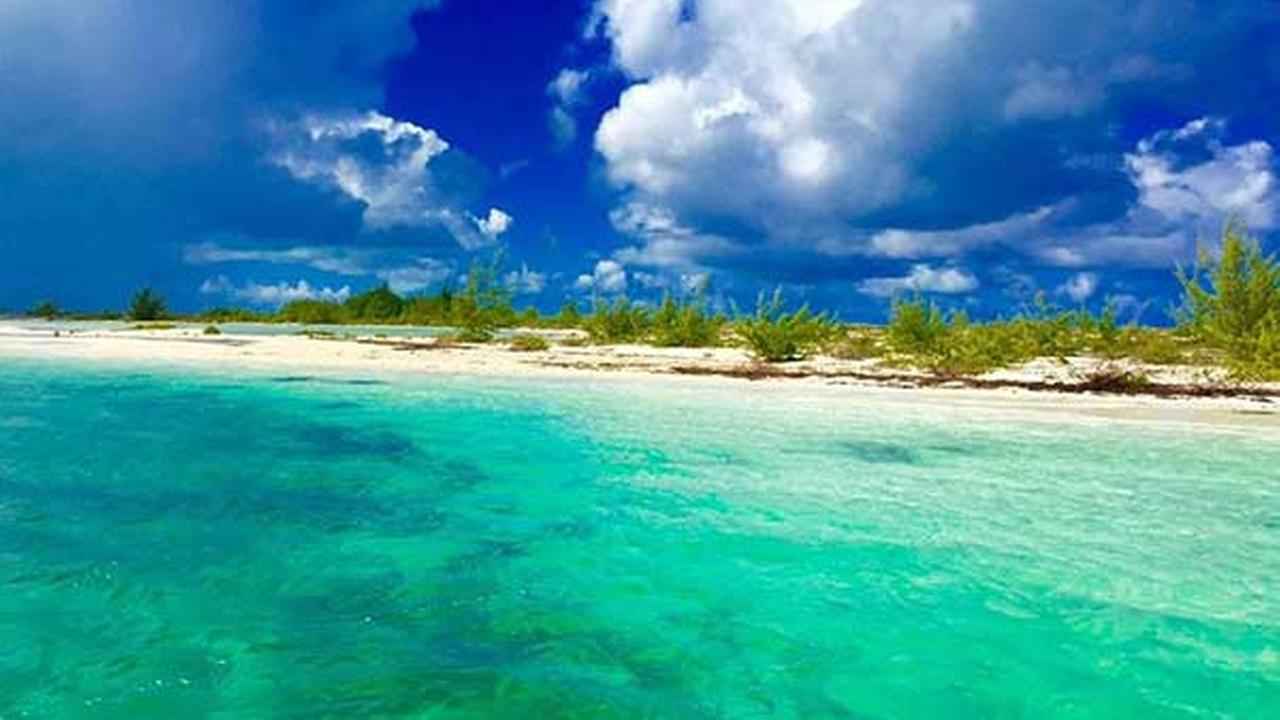 2. Grace Bay, Providenciales, Turks and Caicos
