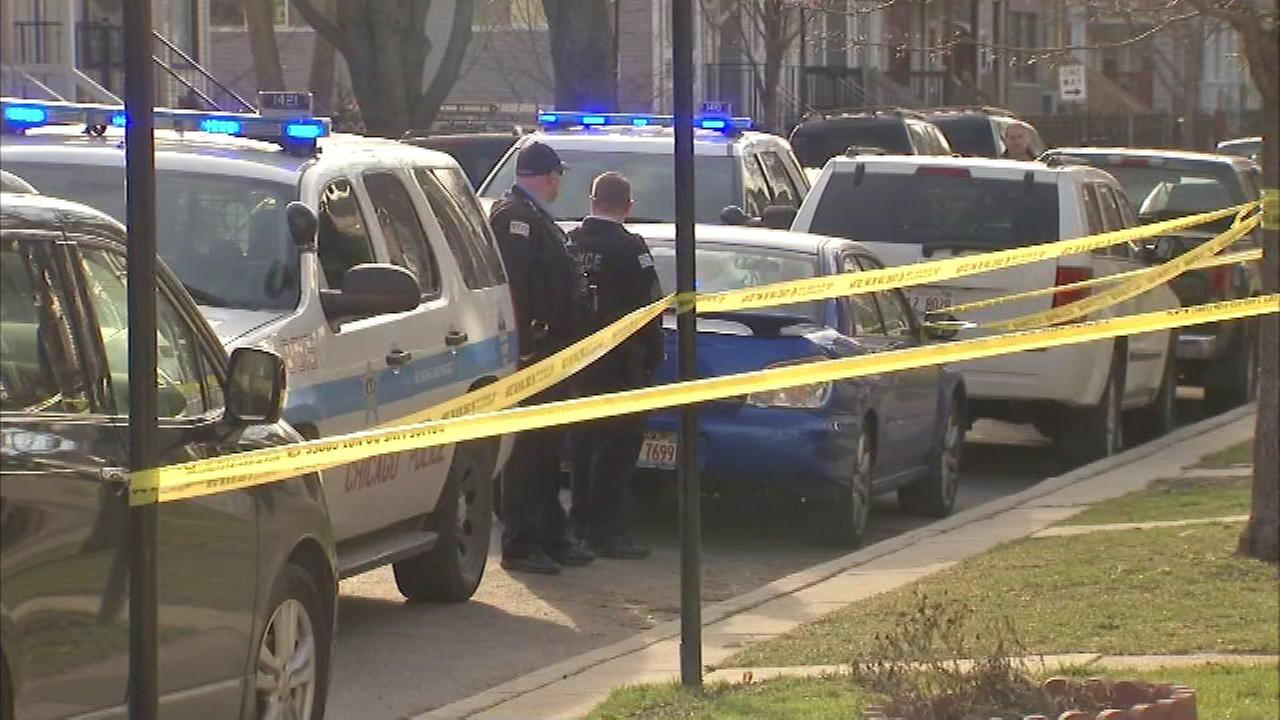 2 wounded in Logan Square shooting