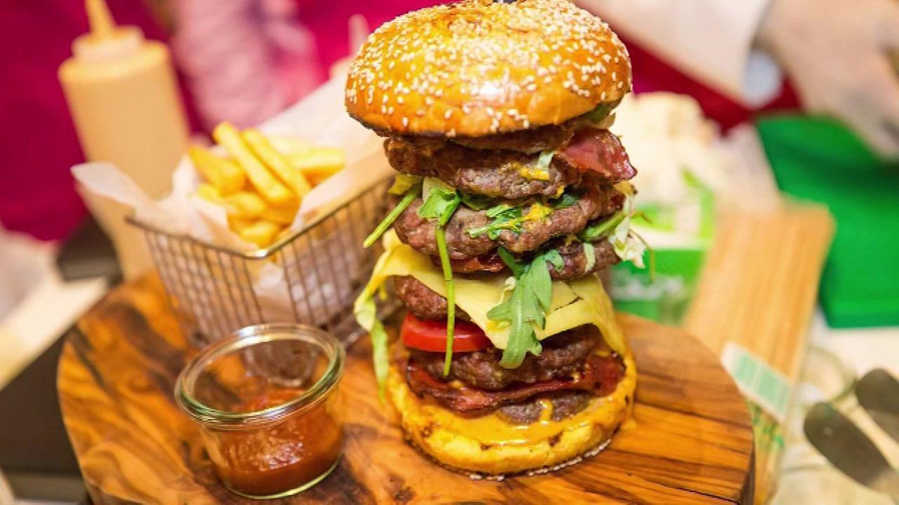 Burger sells for $10,000 in Dubai