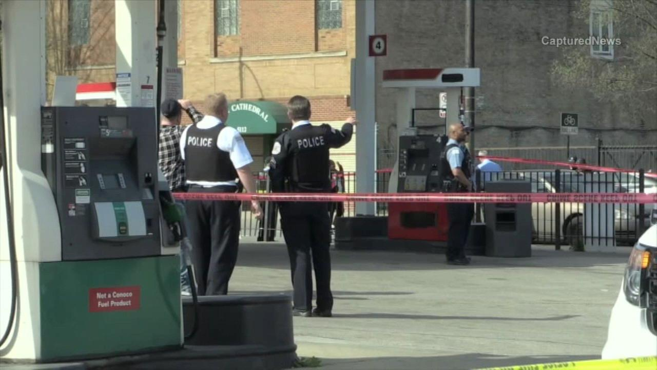 2 killed in Back of the Yards gas station shooting