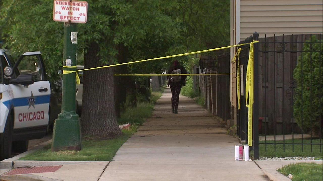 Woman found dead in Belmont Cragin