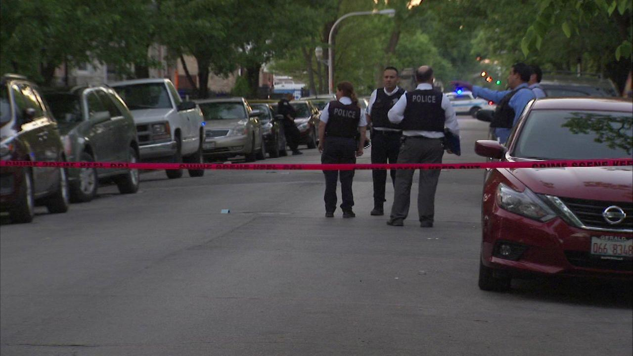 Chicago police investigate a deadly shooting in the 1600-block of South St. Louis in the Lawndale neighborhood.