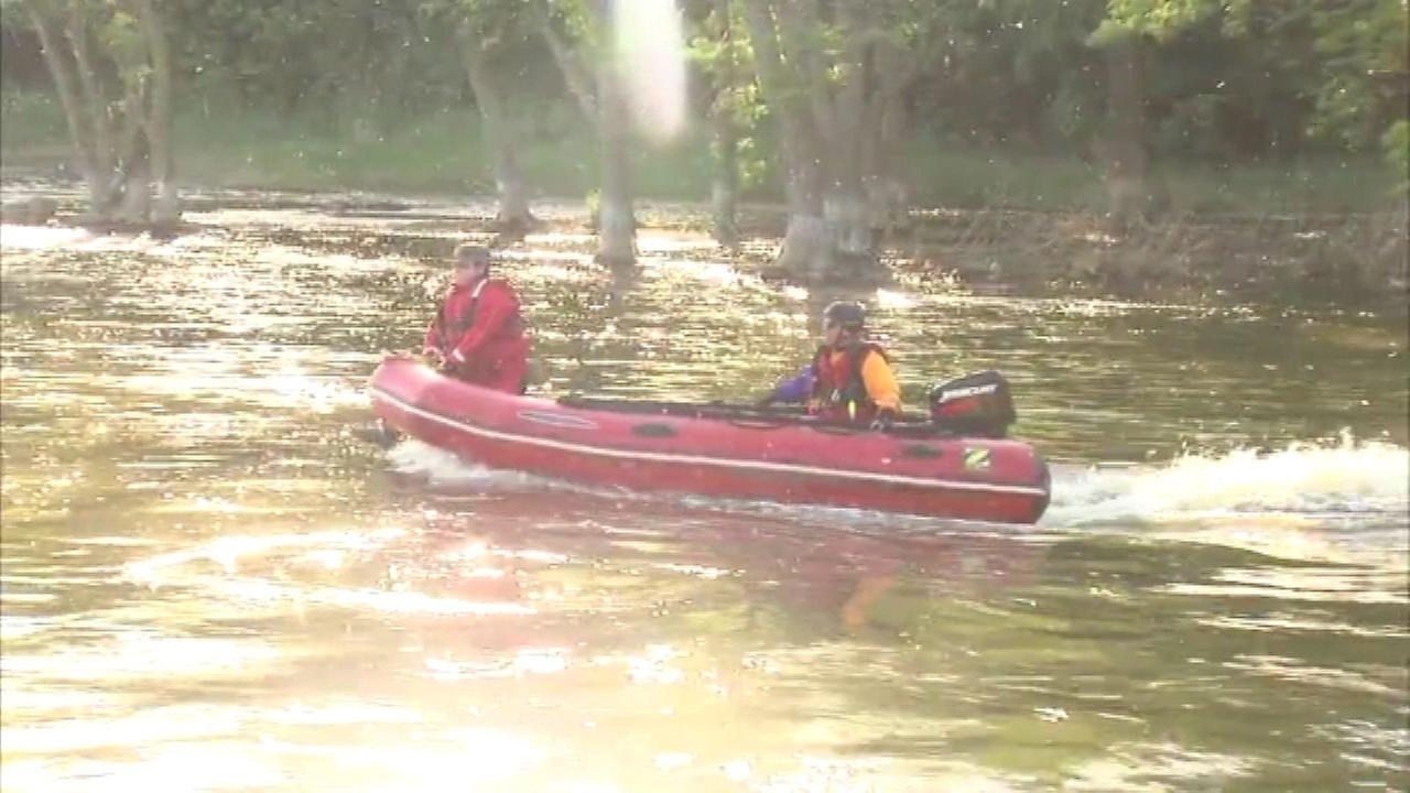 Fox River search resumes for man who allegedly didn't pay tab