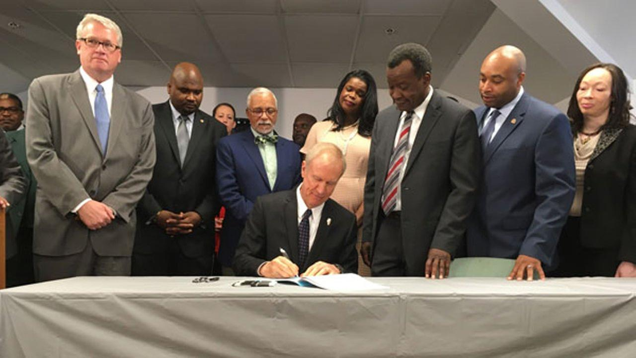 Gov. Bruce Rauner signs SB2034 which provides bail relief to low-level, non-violent offenders.