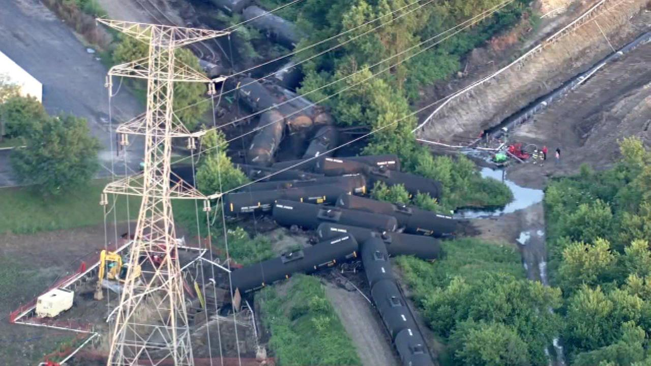 Train traffic reopens on railroad in Plainfield
