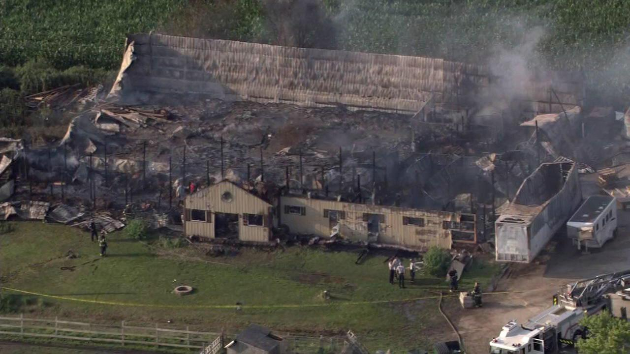 18 horses killed in Illinois barn fire