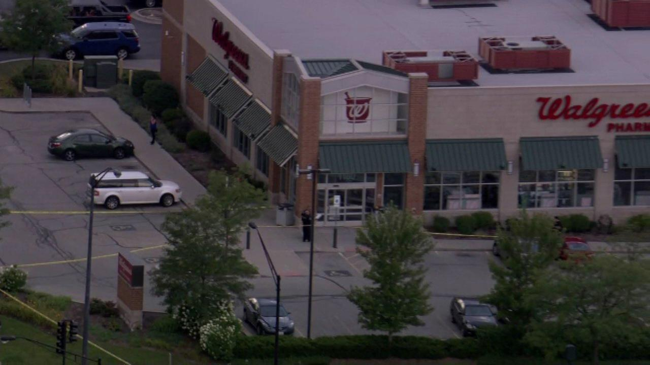 Man shot outside Walgreens in Schaumburg