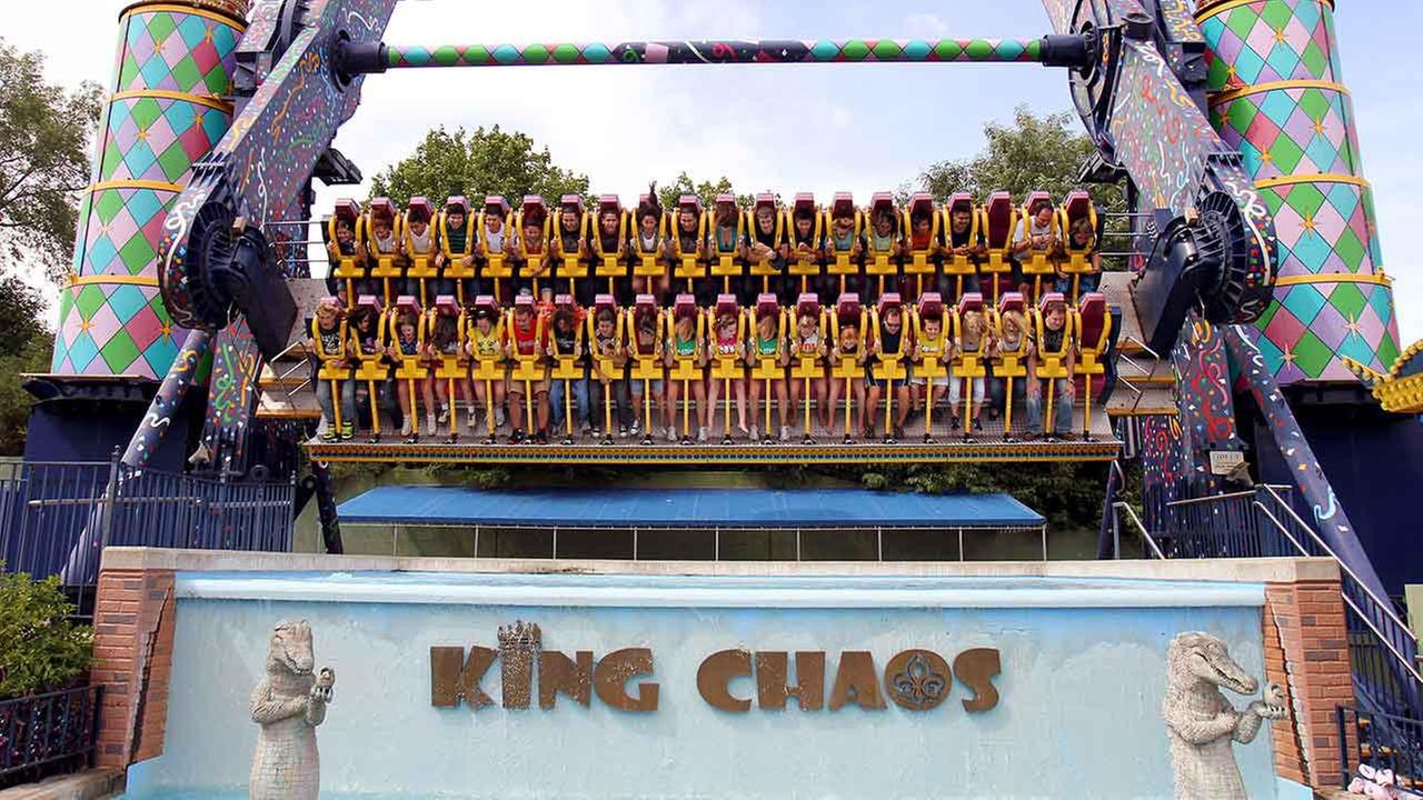 Six Flags King Chaos ride