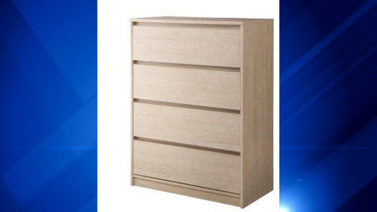 Dressers sold at Target due to tipping over or collapsing