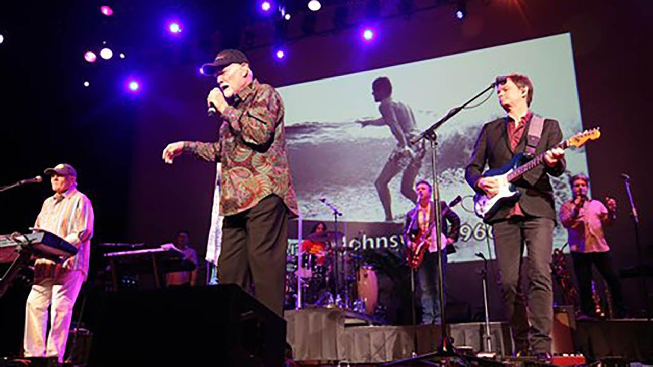Far left, artists Bruce Johnston and Mike Love of The Beach Boys perform at the Ryman Auditorium on Tuesday, Jan. 24, 2017 in Nashville, Tenn.