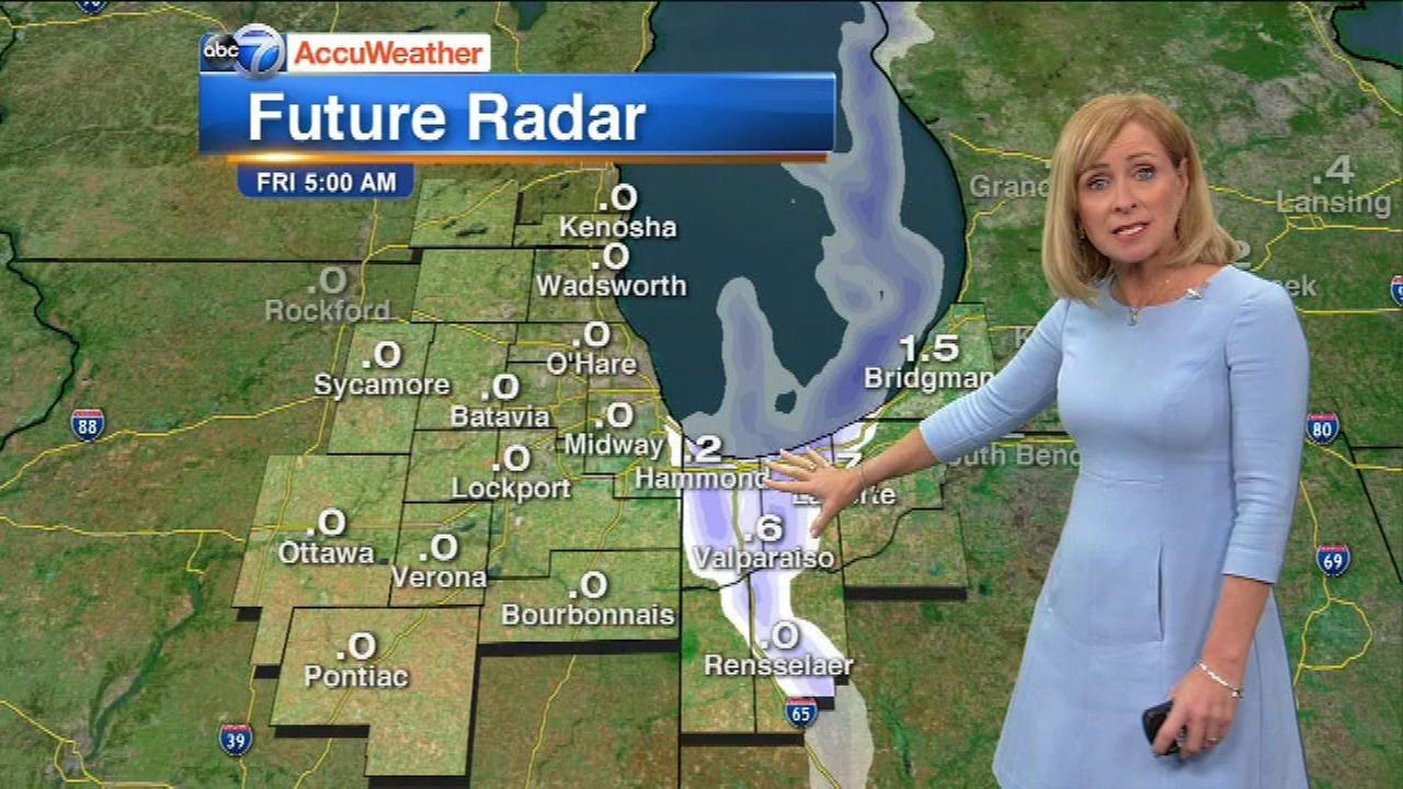 Chicago Weather: It's not winter yet, but near-record lows, lake-effect snow on tap