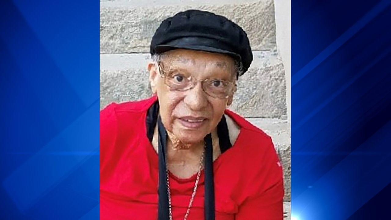 Woman, 83, found dead in North Lawndale fire