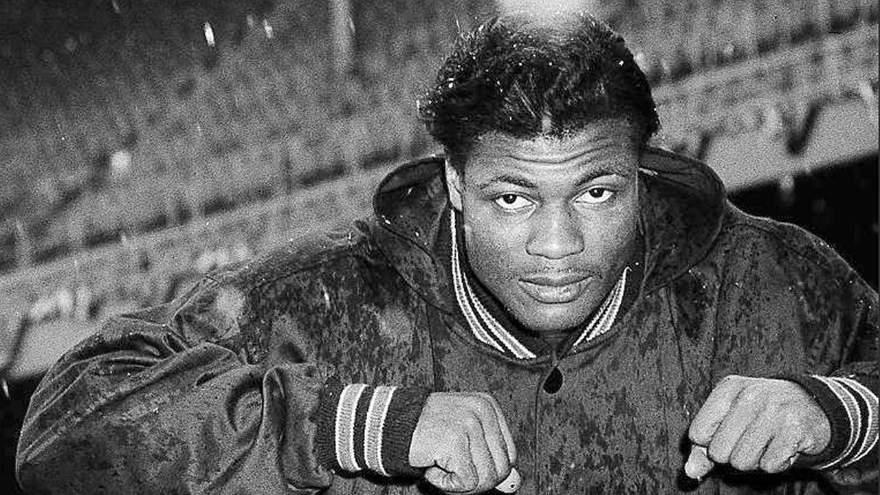 J.C. Caroline, former Bears player, Illini standout, dies at 84
