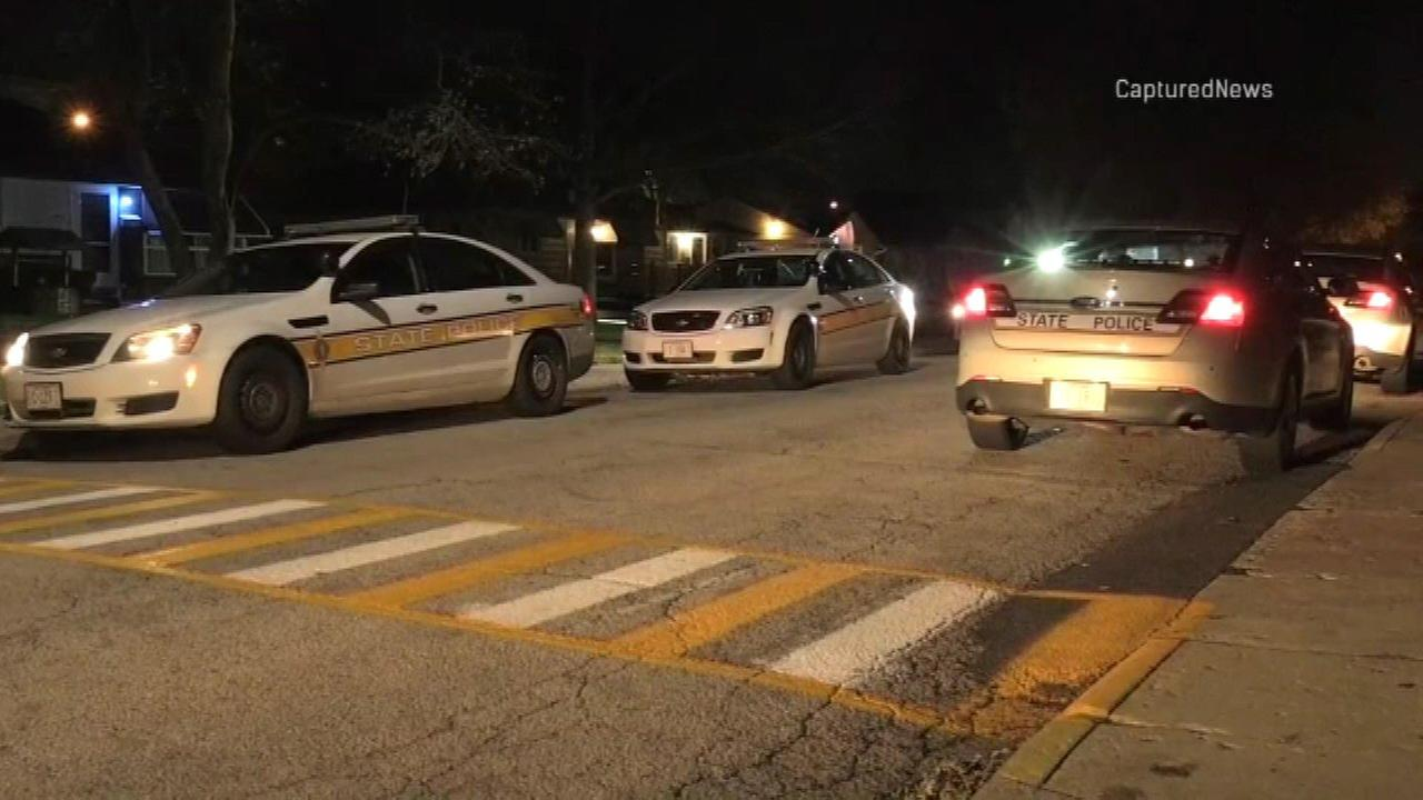 Four people were taken into custody in Hometown after a police chase on I-294.