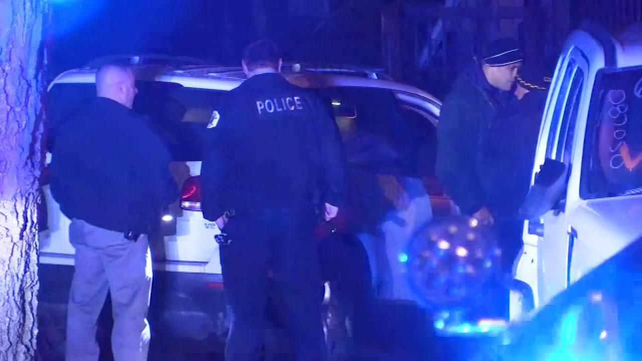 Woman, 18, carjacked at gunpoint in Austin; 2 arrested