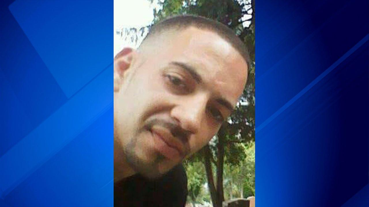 Carlos Ortiz, 31, was killed in a crash on I-55 early Saturday morning.