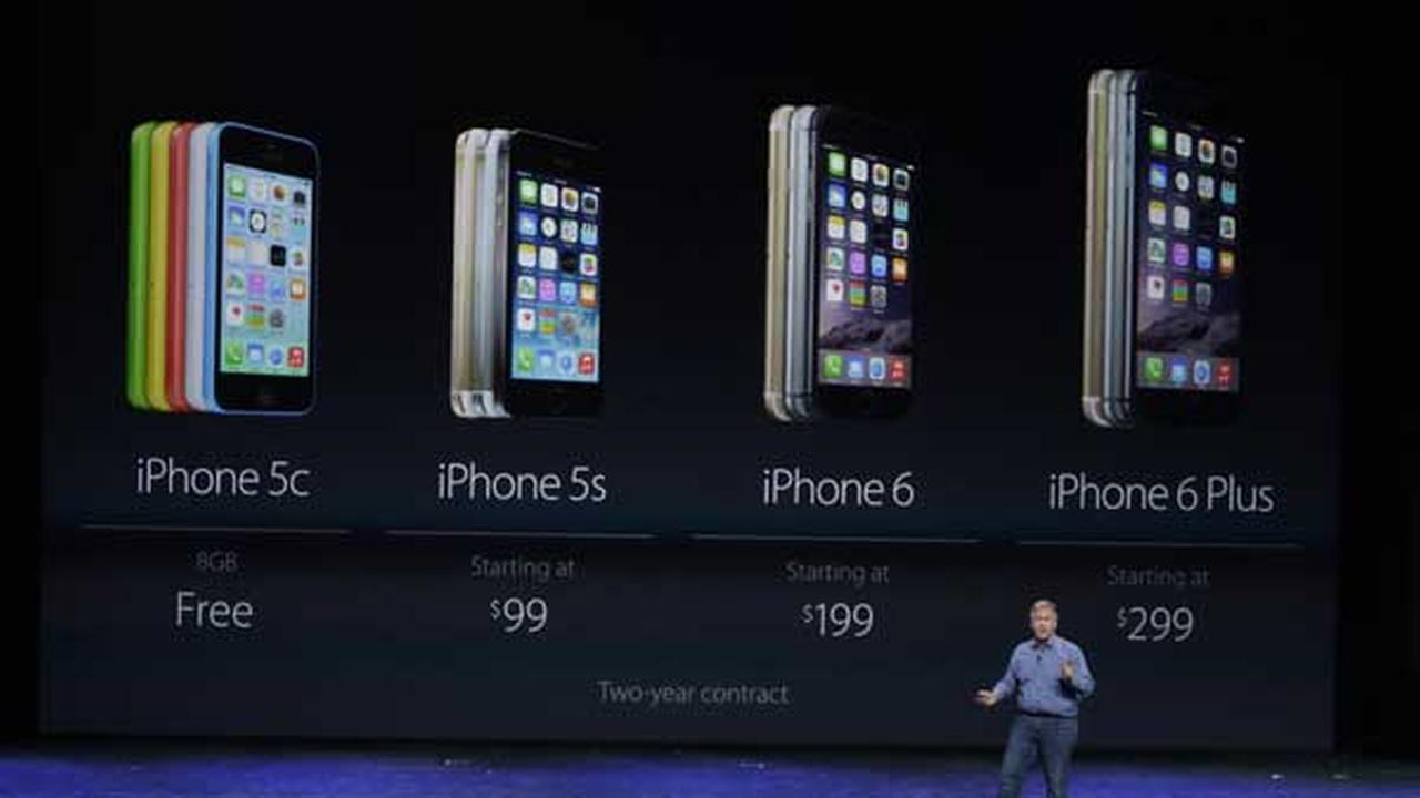 Phil Schiller, Apples senior vice president of worldwide product marketing, talks about new features on the new iPhone 6 in Cupertino, Calif.
