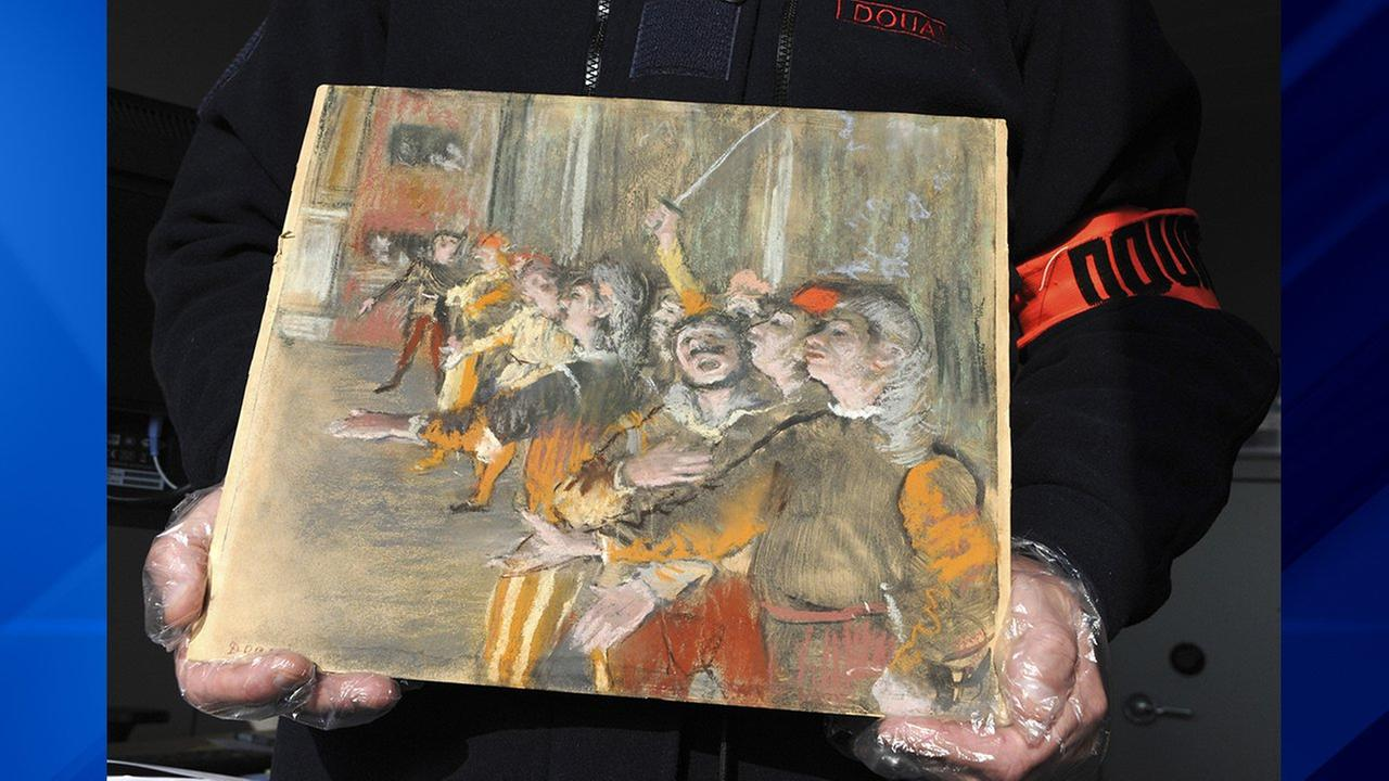 Degas painting found on bus nine years after it was stolen