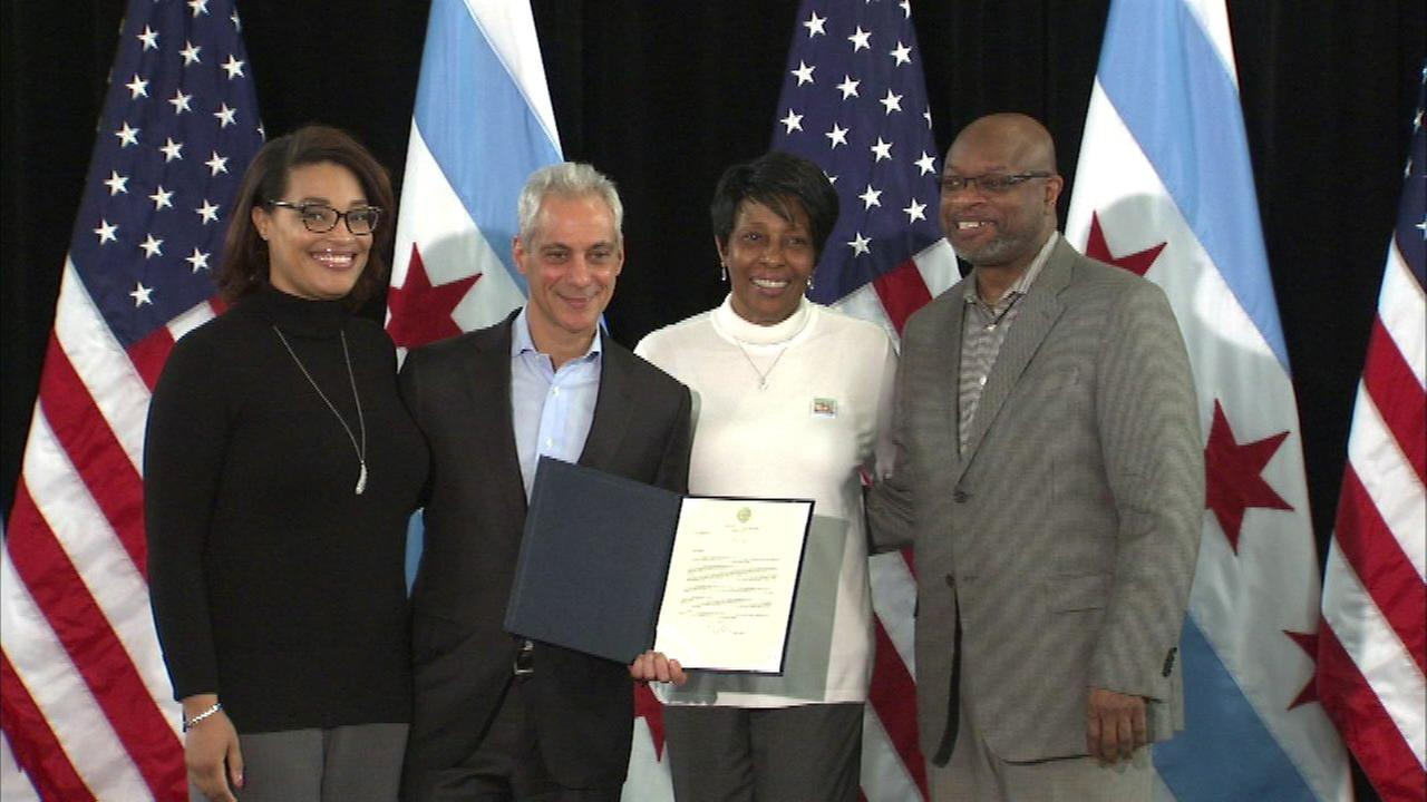 25 more small businesses awarded neighborhood grants from city