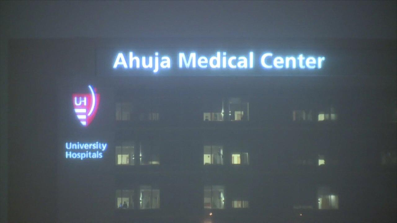 Thousands of eggs, embryos possibly damaged at Ohio hospital