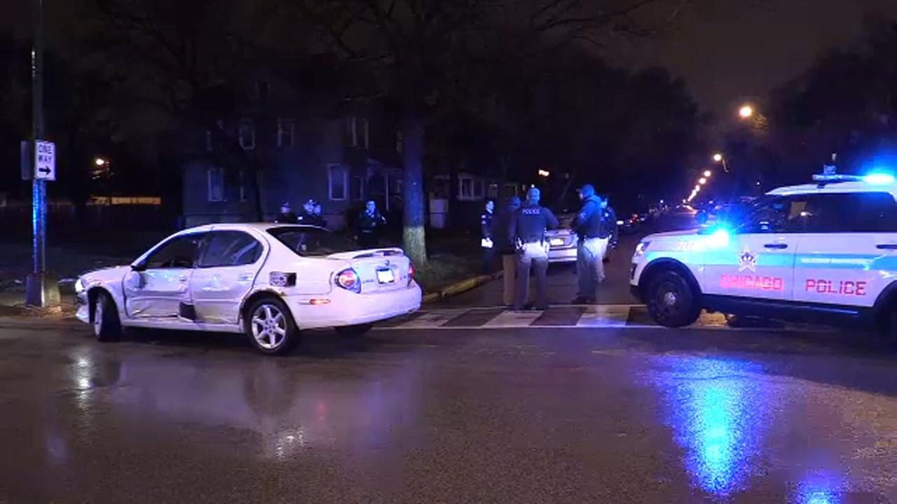 Driver of stolen car crashes, flees in Englewood