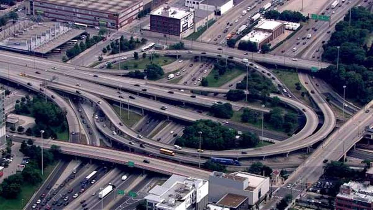 The Jane Byrne Interchange connects Congress Parkway, Kennedy (I-90), Eisenhower (I-290) and Dan Ryan (I-90/94) expressways in Chicago.