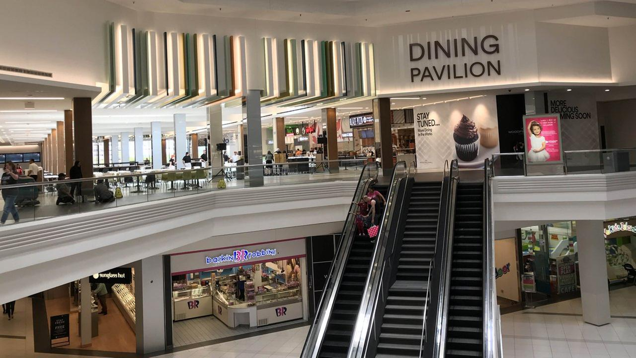 Woodfield Mall opens new dining pavilion