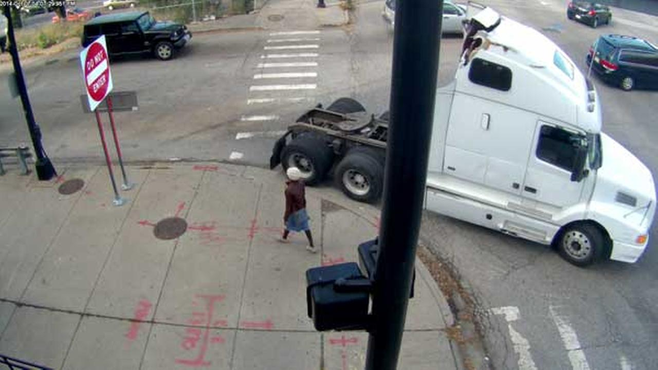 Police suspect this white semi cab struck and severely injured a 47-year-old cyclist in the 3600-block of South Ashland Avenue.