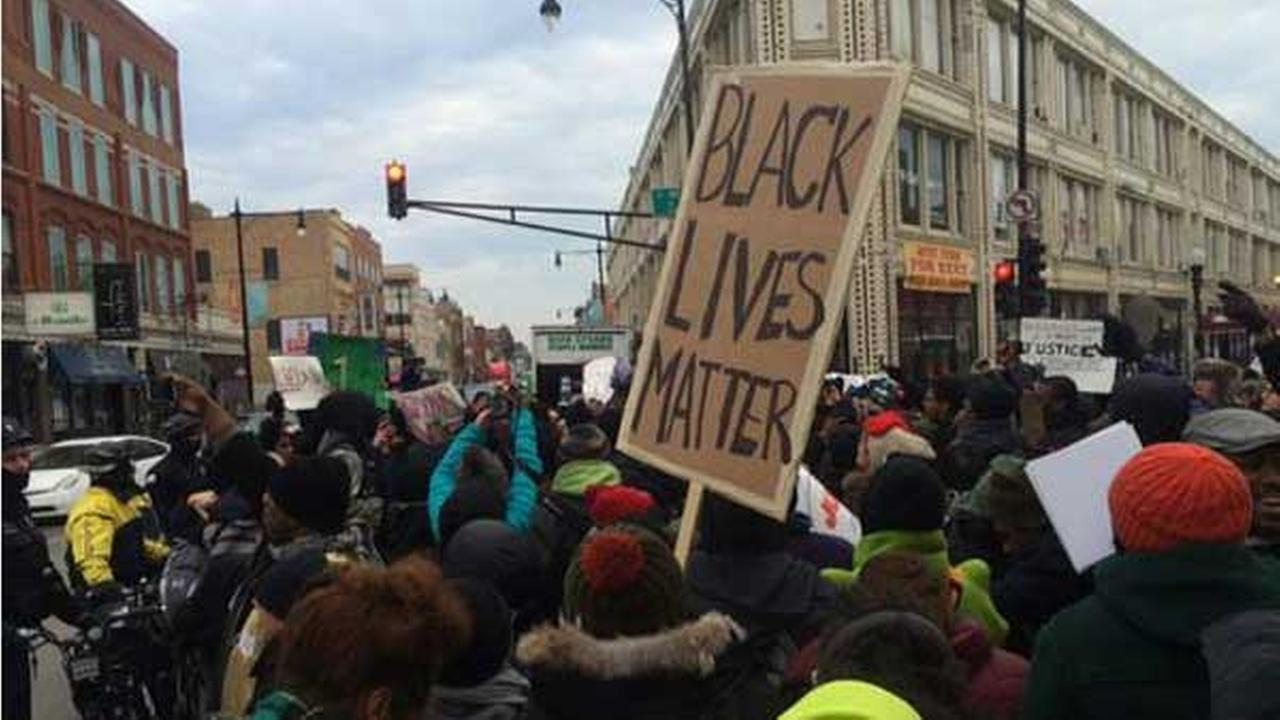 Ferguson protesters blocked the intersection of Damen, Milwaukee, North avenues in Wicker Park.