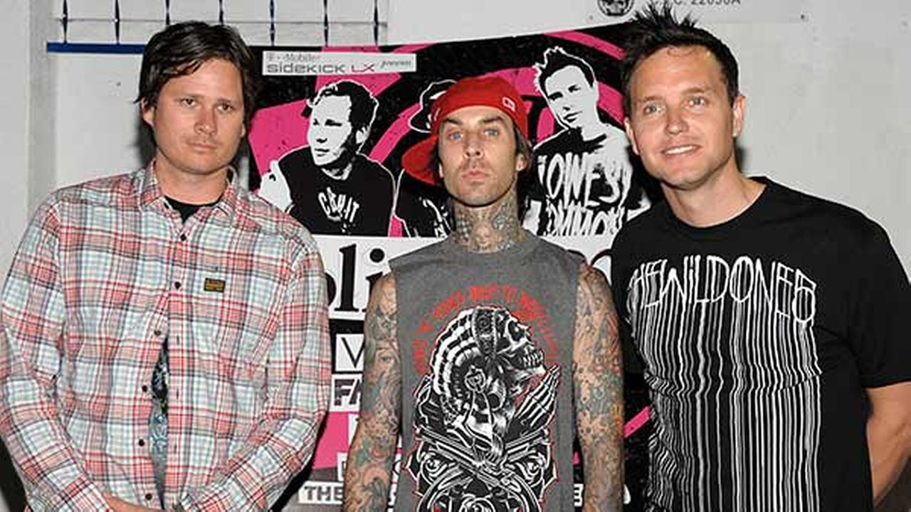 tom delonge, blink 182, mark hoppus, travis barker