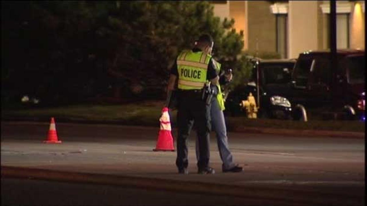 Driver sought in Oakbrook Terrace hit-and-run crash