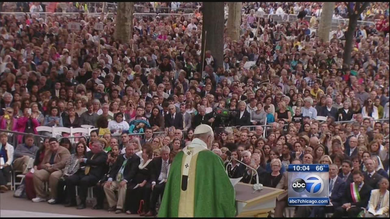 Pope Francis marks final day in U.S. with public Mass, correctional facility visit