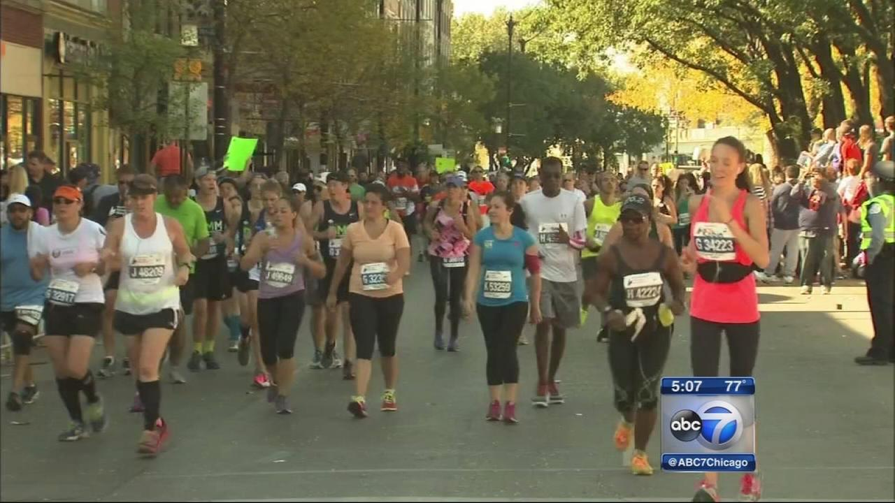 Runners, spectators gather for Chicago Marathon