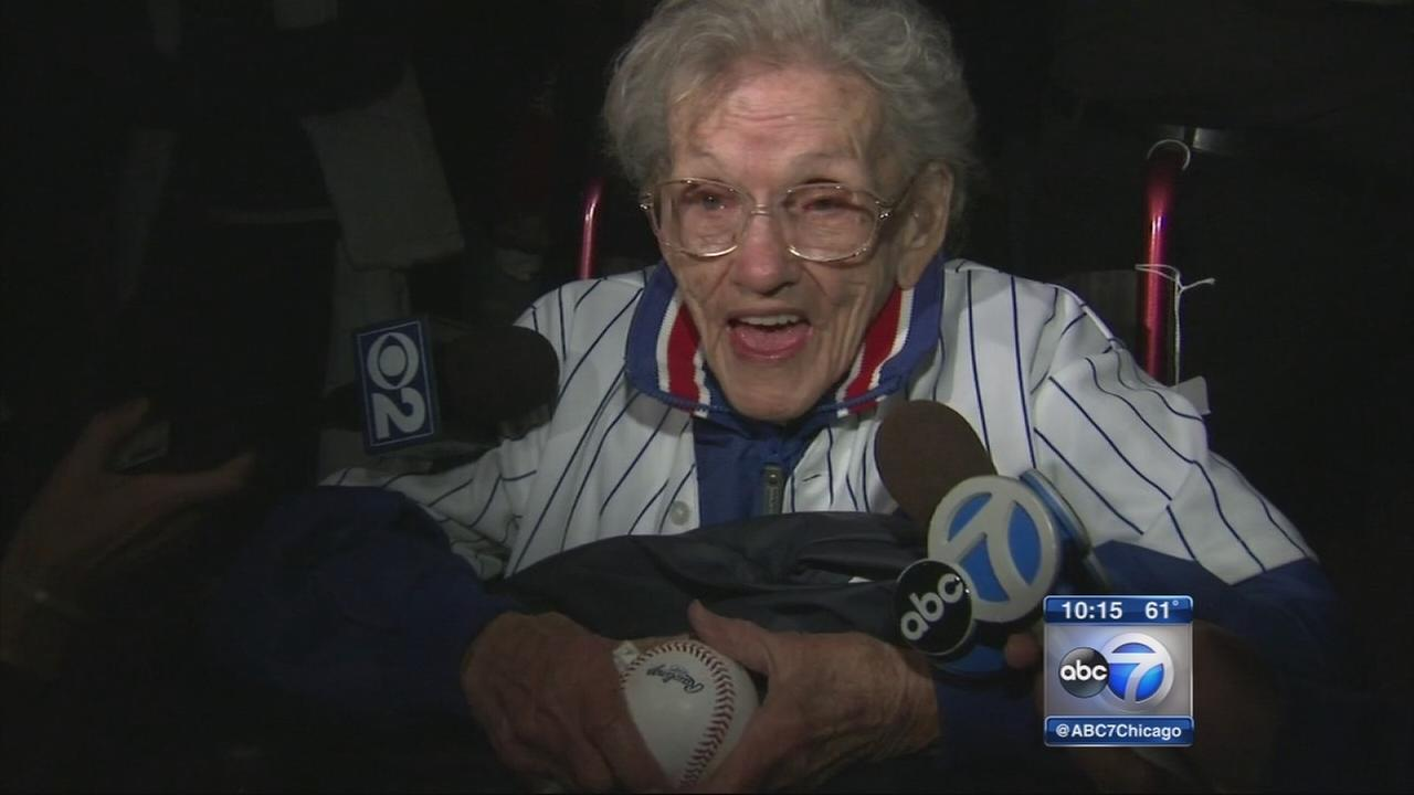 101-year-old Cubs fan celebrates win