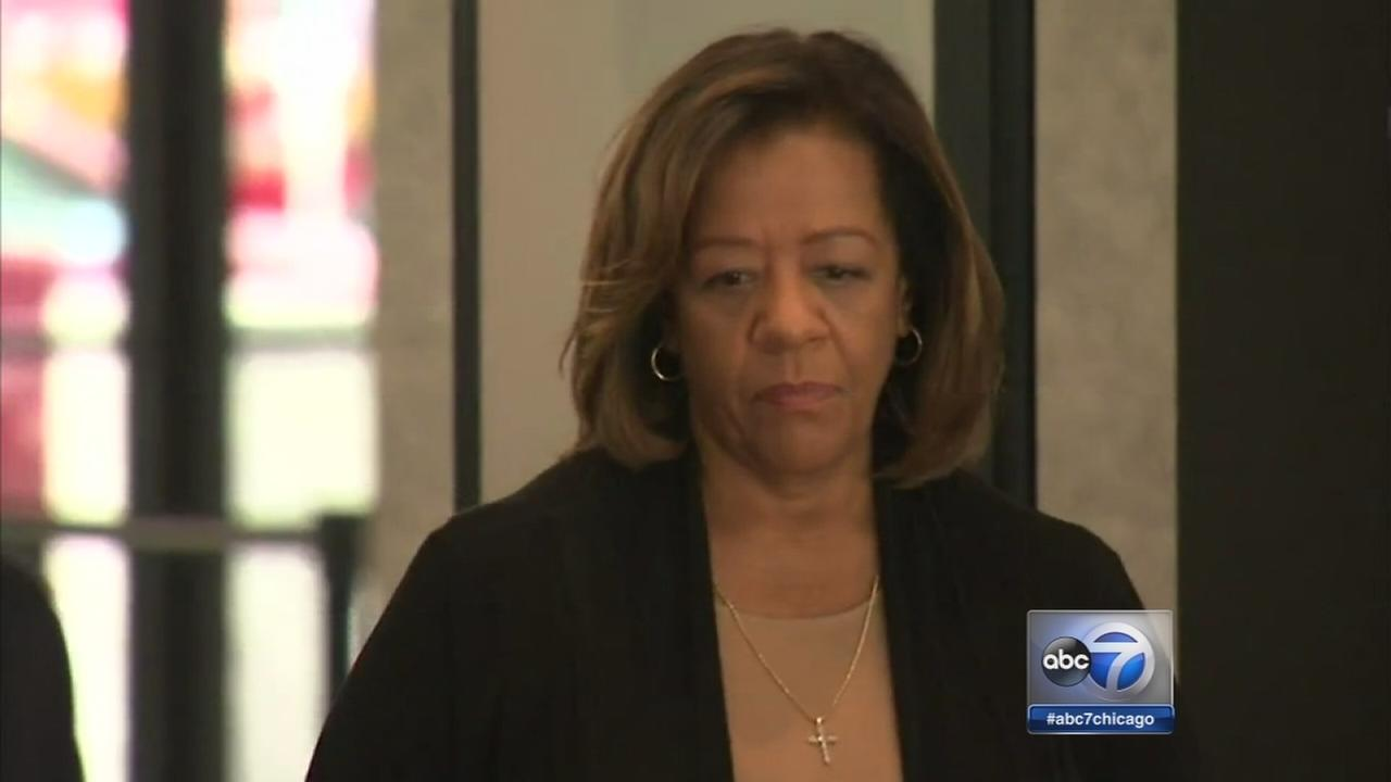 Barbara Byrd-Bennett pleads guilty in kickback scheme