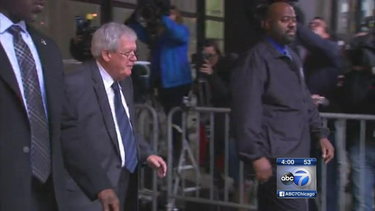 Hastert pleads guilty