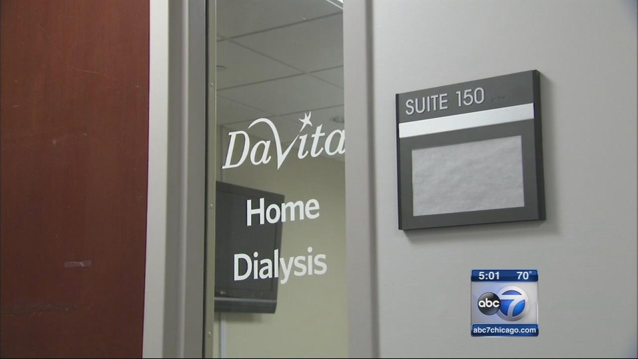 Patient left alone at dialysis center dies