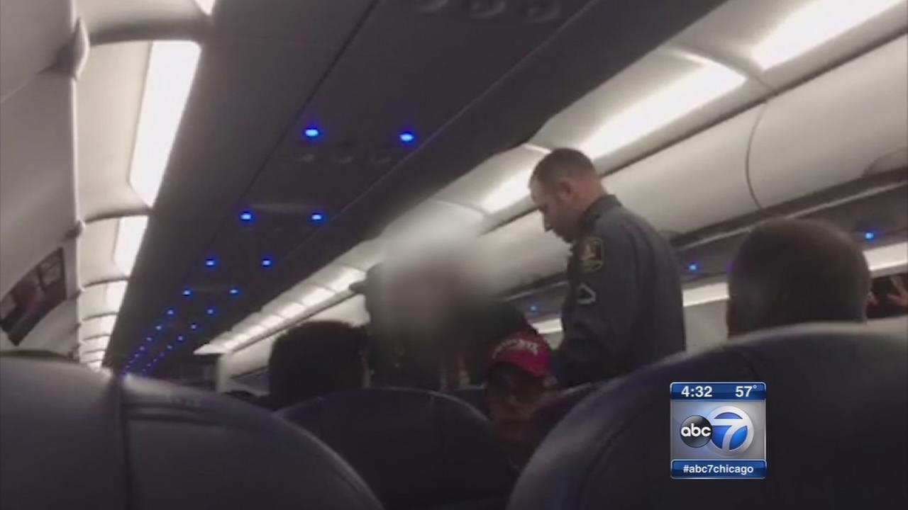 4 removed from Spirit Airlines flight