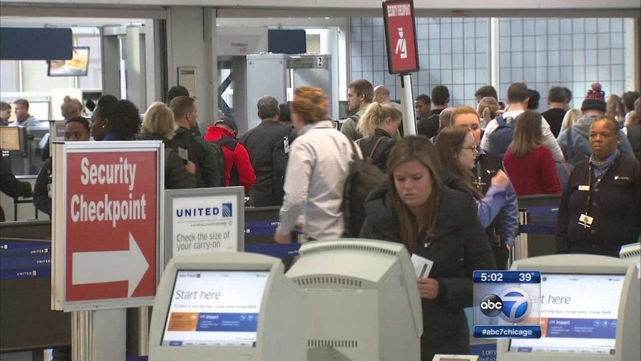 Travelers heading home after Thanksgiving holiday weekend