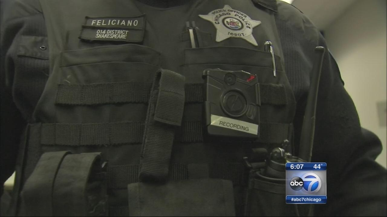 Chicago police to expand body camera program
